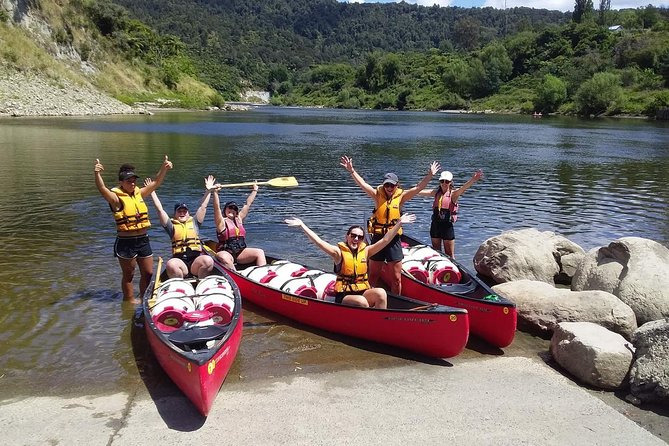 A one day paddle, starting at Cherry Grove, Taumarunui (known to the local Māori as Ngāhuinga) you'll paddle along the upper Whanganui River to Ohinepane and experience plenty of rapids along the way. Great for those with limited time. You can also take a pit stop at the lavender farm along the way for a cuppa!<br>All tours include: <br><br>• Personal Locator Beacon<br>• A hot or cold refreshment at the end of your journey<br>• Secure vehicle storage<br>• Hot shower on return to base<br>