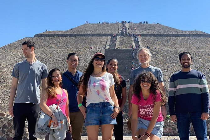 Visit the grand archaeological site of Mexico using public transport for you to venture into a completely local experience. <br><br>During this tour, we will travel by public transport from Mexico City. We will use different types of public transportation such as metro, trolebus, and buses.<br><br>In the archaeological site of Teotihuacan, we will get to discover and climb the temples that holds this incredible site (The Moon, Sun and Quetzalcoatl pyramid). We will walk and see hidden gems all along the 3.5 km that this captivate place, considered immovable cultural heritage by UNESCO, has.
