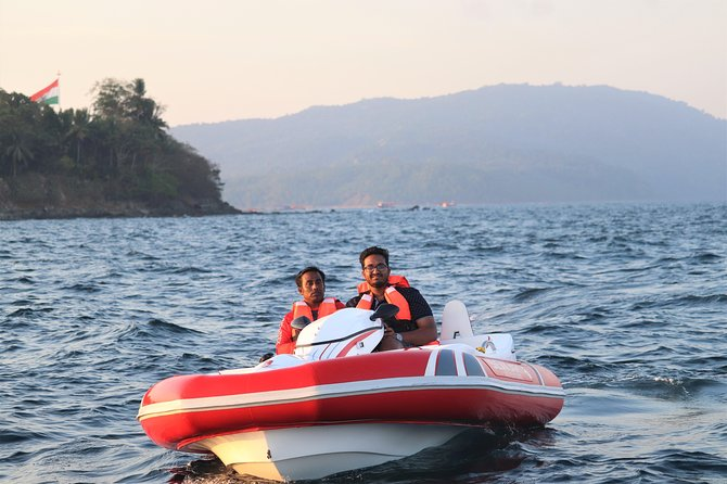 Seakart gives you the experience of self-driving your own watercraft under guidance of an instructor making it a unique and amazing water sport. It is the first of its kind in India and the third in the world. When in Andamans, Seakart is a must do.