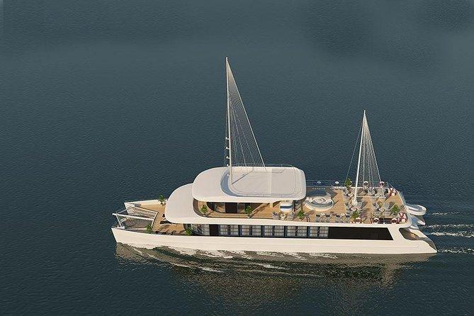 Luxury Halong Bay & Lan Ha Bay Day Cruise, Halong Bay, VIETNAM