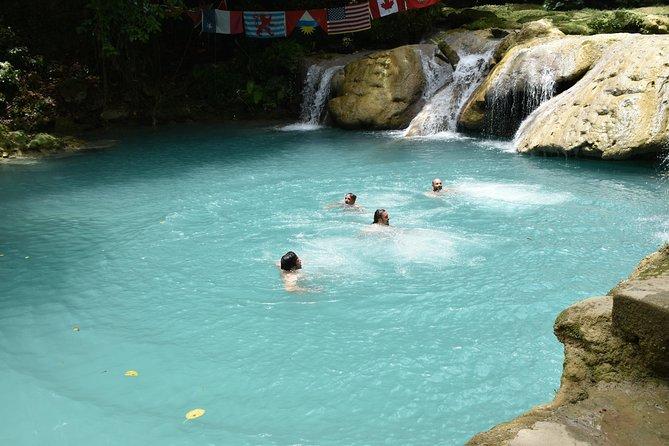 Blue Hole & Secret Falls Day Trip plus Shopping from Runaway Bay, Runaway Bay, JAMAICA