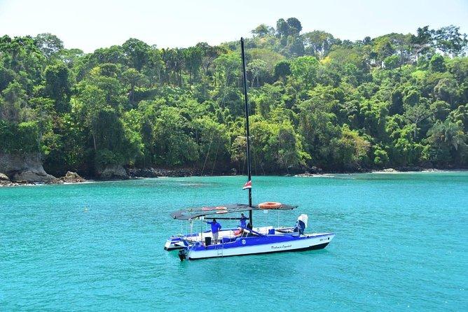 Private Catamaran Sailing Eco-Adevnture Manuel Antonio, Quepos, COSTA RICA