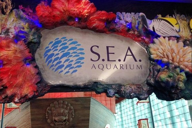 • As the largest aquarium in Southeast Asia, see big ocean-viewing windows and the world's largest underwater acrylic dome at 9m in diameter!<br>• Skip the ticket line to enter S.E.A. Aquarium Singapore directly<br><br>