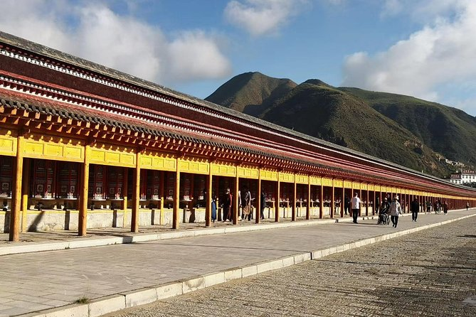 Private Overnight Tour from Xian to Labrang by Round-way Bullet Train, Sian, CHINA
