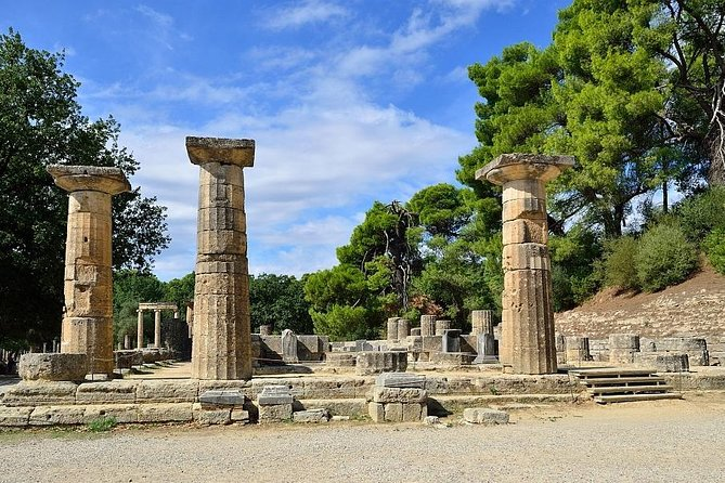 Visit with us the highlights of this historical place, such as the archaeological site, including the original ancient Olympic games stadium and the unique archaeological museum . After your tour enjoy some free time in the town of Katakolon.