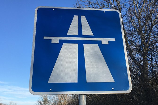 MAIS FOTOS, The legendary German Autobahn - experience it in one of the best limousines in the world