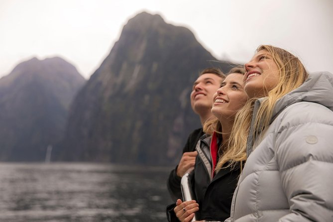 Milford Sound Cruise Including Underwater Observatory and Lunch, Fiordland y Milford Sound, NUEVA ZELANDIA