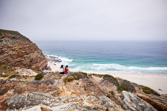 Experience the beautiful Cape Peninsula like a local! <br><br>Start the day in colourful Bo Kaap before heading down the Peninsula to visit our penguin friends at Boulders beach. After a picnic lunch packed with South African flavour and hiking at the Cape of Good Hope we get to taste some famous South African wine. The breathtaking Chapmans Peak Drive leads us back along the coastal road to Camps Bay and the city center.<br><br>if you only have a few days in Cape Town then you should definitely spend one with us!<br><br>All costs included in your tour fee, NO HIDDEN COSTS!<br><br>Minimum group size of 4 pax, Maximum group size of 13 pax