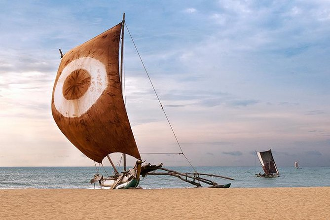Negombo is a multi cultural city situated along one of the best beaches in Sri Lanka. You can experience the view of Srilankan fishermen villages, Fishmarket, Lagoon, and some of the religious places belongs to different religions and cultures.