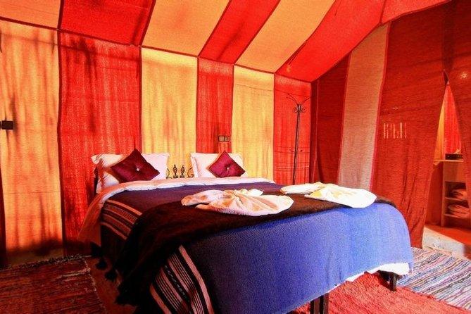1 Noche en campamento de tiendas de lujo glamping en el desierto de Merzouga, Fez, MARRUECOS