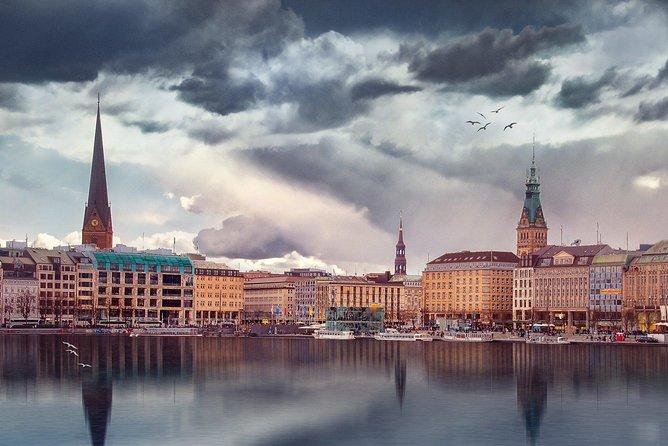 Hamburg Guided Bike Tour: Tradition and Modernity, Elbphilharmonie , Hamburgo, ALEMANIA