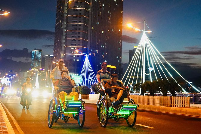 Nha Trang Local Street Food tour is designed to get you out on the road when Nha Trang really comes alive. Eating, drinking and spending time with friends out on the town is a big part of the social fabric of being Nha Trang local. Try this food tasting activity on pedicab/tricycle to experience the local life.