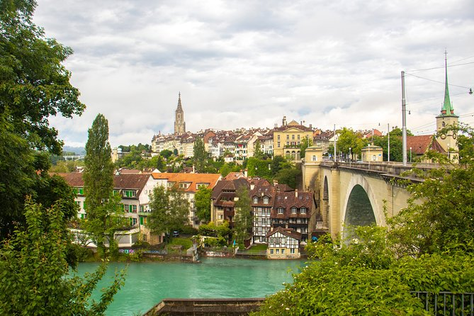 MÁS FOTOS, Instagrammable Places of Bern with a Local