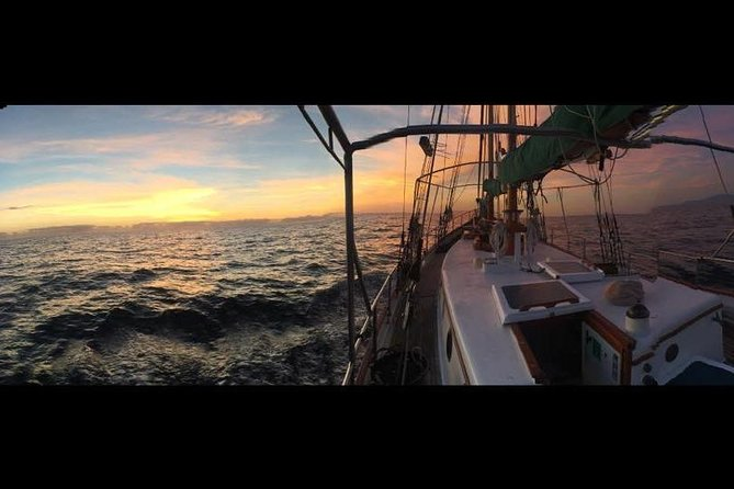Whitsundays Sunset Sailing Cruise, Airlie Beach, AUSTRALIA
