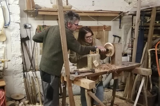 This is a unique opportunity to pick up a heritage craft from a professional turner. Pole lathe turning is increasingly popular and bowl turning experiences a 'renaissance'. It is a real, hands-on skill that has tarvelled through history till the present day. <br>To create something useable and useful is an absolute joy, something that is only toped by the fact that is made from wood and not from plastic. <br>I can accomodate up to two participants at the moment. One-to-ones however, is the best ways to get most out of your day. <br>