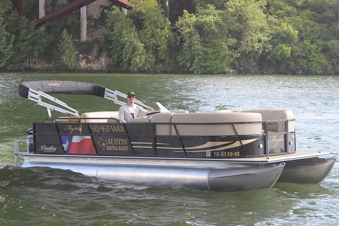 Lake Austin Party Boat with Captain - 12 Passenger Pontoon Boat, Austin, TX, ESTADOS UNIDOS