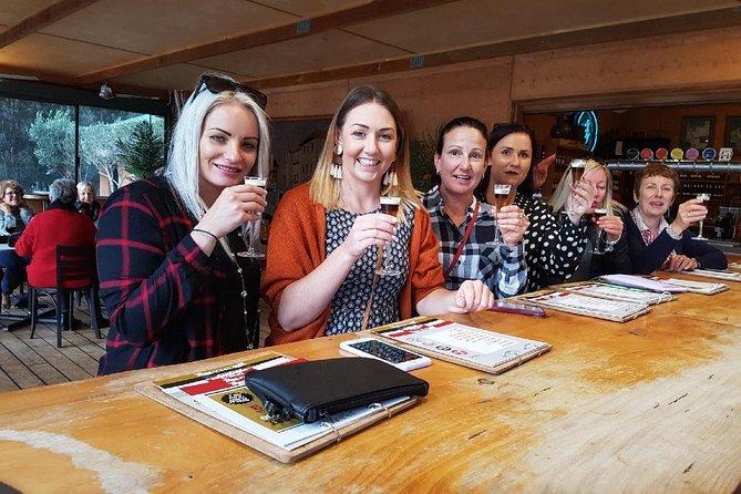 Margaret River Tour: The Cheers Glass Half Full Tour, Margaret River, Austrália