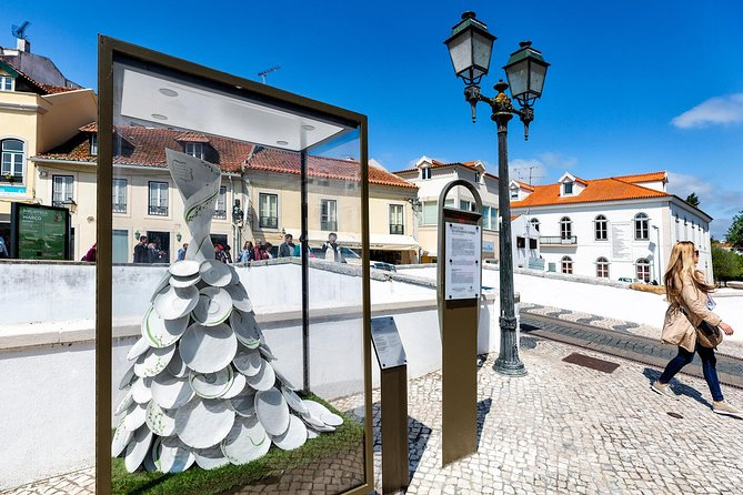 """World Heritage classified sites in Portugal: Tomar, Batalha and Alcobaça!<br><br>Also known as the """"Templar City"""", in Tomar we will unveil the charms of the """"Mata dos Sete Montes"""", the Castle and Convent of Christ (listed by UNESCO as World Heritage since 1983)! There will also be time for a quick stop so that you can enjoy a tasty meal at one of the many restaurants located in the typical commerce streets on the banks of Nabão River.<br><br>In Batalha we will visit the Monastery of Santa Maria da Vitória (also known as Mosteiro da Batalha, classified by UNESCO as World Heritage since 1983)! <br><br>Then we will be visiting Alcobaça and its beautiful Monastery, one of the most imponent testimonies of Circestience architecture in all of Europe (classified by UNESCO since 1989)."""