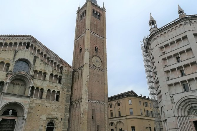 Small-Group Parma Tour of City Highlights with Top-Rated Local Guide, Parma, Itália