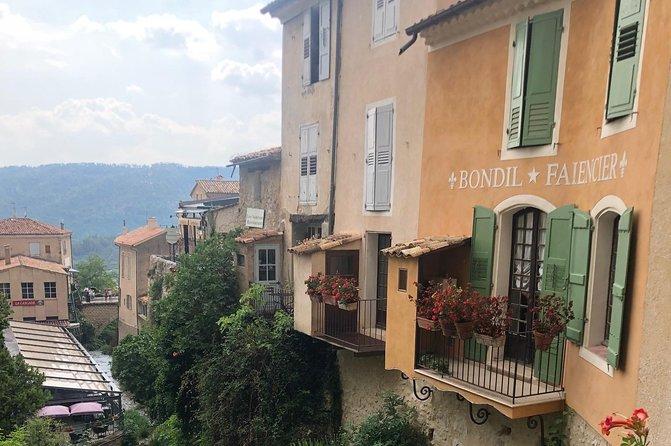 Viaje con Propósito en Francia: LIBERA TUS COLORES, PINTA TU FUTURO, Niza, FRANCIA