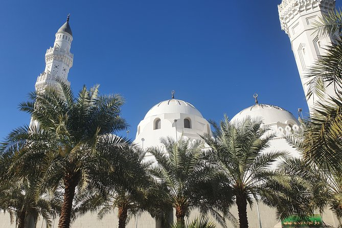 In this tour you will discover medina from the age of prophet Muhammad Peace be upon him to the age of ottoman.