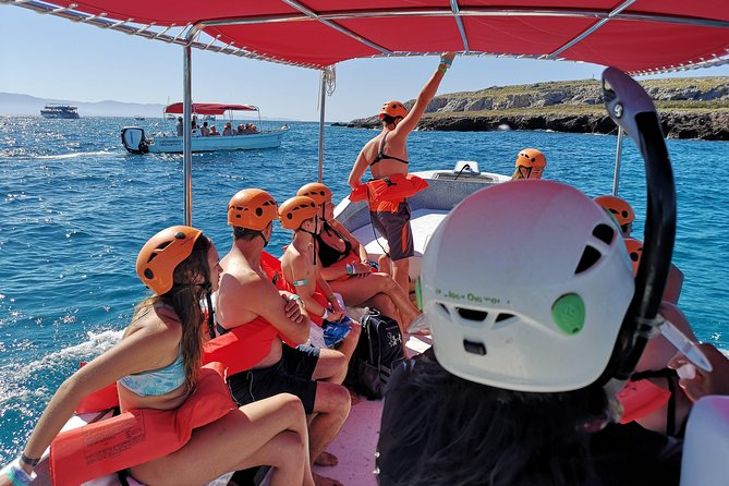 Only 116 persons by day are permit to get in to the hidden beach. Beacause in Eco Explorer we have more boats with permits than other providers, we have more spots available per day for this activity. 99% of our visitors get in to the beach with no problems.<br><br>Our boats are fast, comfortable and safe, our guides know perfectly how to assist you on the boat, during the in water activity and hidden beach access.<br>The information provided by our staff and their experience is unvaluable.<br><br>Hidden beach access is available from Wednesday through Sunday only. Deposit (25USD) of hidden beach is not refundable if you do get to swim to it. (Only because of bad weather conditions or spots not available)