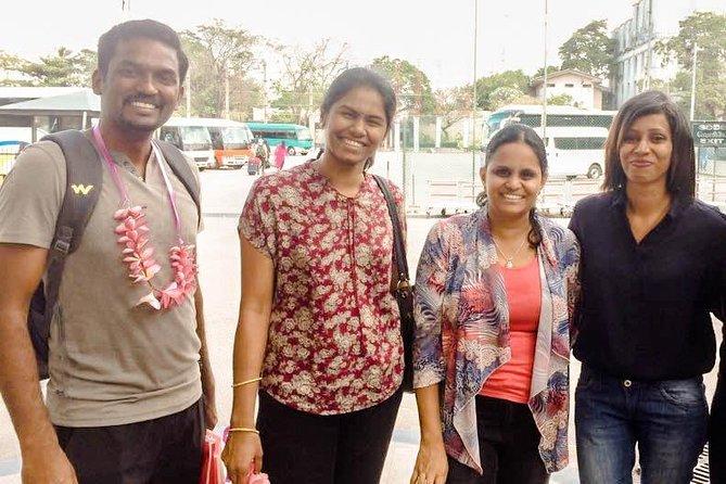 Colombo Airport (CMB) to Kandy City Private Transfer, Negombo, SRI LANKA