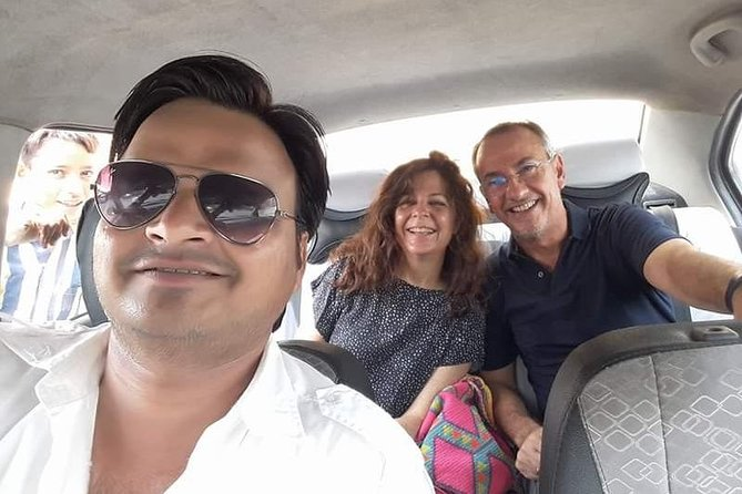 One-Way Private Transfer Trip Optional agra - Delhi & Delhi- agra Drop, Nueva Delhi, Índia