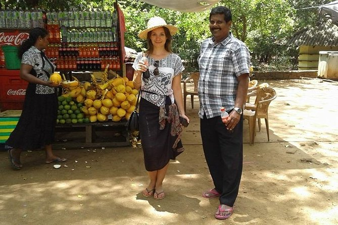 This tour focus on tourists who love Sri Lankan culture,site scenes,safari,beach and local food and like to feel different climatic changes around the island as expecting full of benifits & high security.
