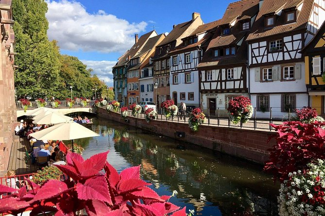 This Experience is provided by a private local.<br><br>Come with me to discover the city of Colmar through your camera lens!<br><br>Join me on this short city walk for this unique opportunity to get to know the city from an insider's point of view and take stunning pictures of it at the same time!<br>Our walk will take us from the Quai de la Poissonnerie to the Unterlinden street. While you use your camera to capture the beauty of Colmar, you will also get to discover local spots and hidden gems that a typical tourist tour won't show you.<br><br>Treat your curiosity by discovering an alternative side of Colmar and all the unique beauty it has to offer! Don't forget to book the Experience at a suitable time to have the best light possible for the pictures!<br>You cannot leave the city before having captured the beauty of the Petite Venise!
