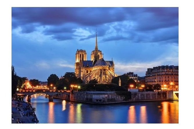 Private Transport from Paris Charles-de-Gaulle CDG Airport to Paris City(75), Paris, FRANCIA