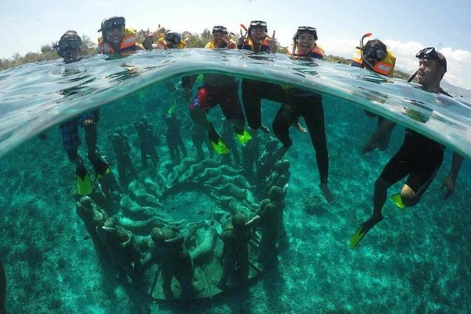 GILI TRAWANGAN (Snorkeling point : Vespa Underwater)<br>Gili Trawangan is one of the most popular Gili or Island in Lombok. Not only is the island served stunning beach and great nature. Various activities can be done on the beaches and if we want to explore this Gili island Lombok by cycling. <br><br>GILI MENO (Snorkeling Spot : Turtle, Coral, Ring Statue)<br>For you who love water sport, the sea around is serving thousands of reef species and marine Biota that serve a spectacular underwater view.<br><br>GILI AIR (Snorkelling Spot : Fish Garden)<br>Gili air is serving us the magnificent natural water park. This island is located in the northwest side of Lombok island, its has special spots where you can see turtle, and fishes in various colors.<br>