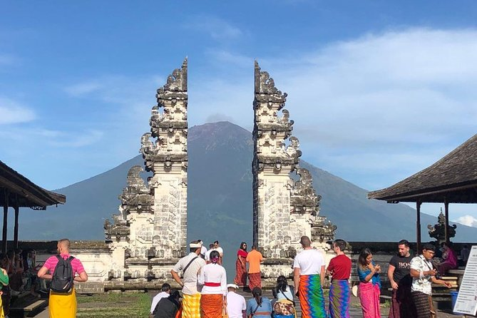 On this Private Bali Tour you will explore some of the most popular of Bali places to visit includes:<br><br>1. Lempuyang Luhur Temple very famous with it's Gate of Heaven<br>2. Tukad Cepung Waterfall<br>3. Tirta Gangga Water Palace, also<br>4. The very beautiful of Rice Terraces in Karangasem.<br><br>You will be leaded by private driver to look after and giving information about Balinese culture. Pickup and drop off from your accommodation included. <br><br>This is the best choice for you who looking for: Bali Gate of Heaven Tour, Eastern Bali Tour, Private Bali Tour, Best of Bali Tour, Sightseeing Tour in Bali, and Bali Tour.