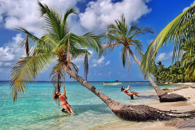 Enjoy the most beautiful Islands in San Blas with a sunken boat just in front of it. Only 40min from the port, stay in Private Cabañas. Take amazing pictures in the swing to the ocean, play beach volleyball, and meet the local kunas.<br><br>Snorkeling Tour included to Visit Aguja, Pelicano Island and Natural swimming pool.