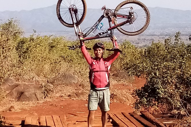 The best mountain bike trip in Myanmar. Off road bike, on road bike, mountain bike. Always authentic for travellers.