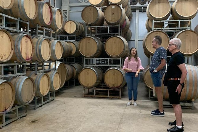 MAIS FOTOS, Unique Wineries and Local Homemade Lunch