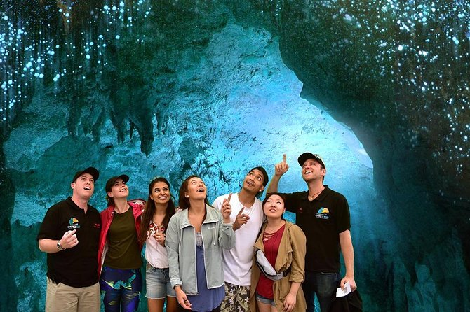 Waitomo Caves and Rotorua including Te Puia - Small Group Tour from Auckland, Auckland, New Zealand