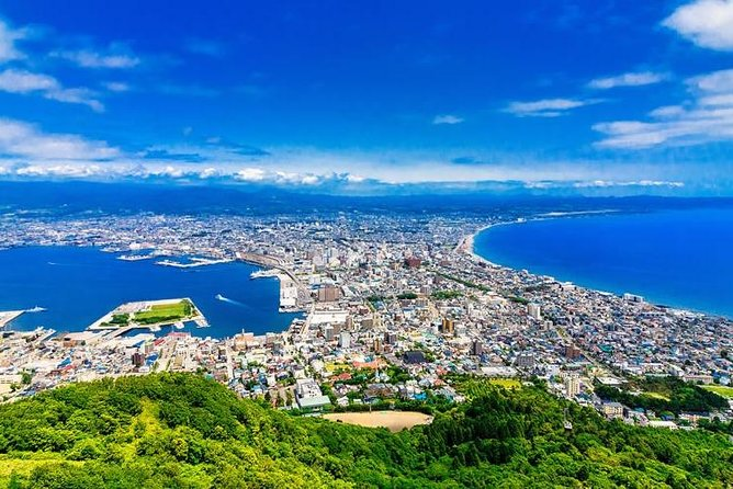 This value-packed trip with a nationally-licensed and experienced multilingual tour guide is a fantastic and efficient way to explore Hakodate!<br><br>Hakodate has a long history of international trade and as such hosted a small foreign community. That influence is evident in the European buildings, churches, and red-brick warehouses that you can see from the nostalgic streetcar that makes its rounds of the city. <br><br>Let us know what you would like to experience and we will customize a six-hour tour that's best for you!<br><br>Note*1: Please select your must-see spots from a list in the tour information to create your customized itinerary.<br>Note*2: Nationally and State Licensed Tour Guide-Interpreter certification is issued by the Japanese government requires a good knowledge and understanding of Japanese culture and history.