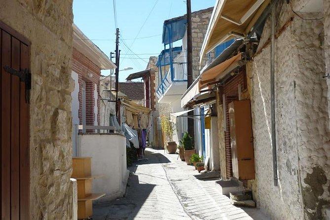 Omodos village, Kelephos bridge with Optional easy walk, Limasol, CHIPRE