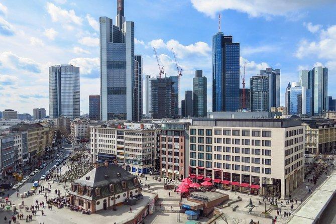 Frankfurt Airport Transfers : Frankfurt Airport FRA to Frankfurt in Luxury Van, Frankfurt, ALEMANIA