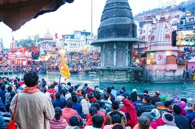 Chardham of Uttarakhand includes the four sanctified shrines which are nestled in the Garhwal region of Uttarakhand. The four shrines are Yamunotri, Gangotri, Kedarnath & Badrinath. Chardham Yatra always starts from Yamunotri, and then Gangotri, next is Kedarnath and yatra ends at Badrinath.