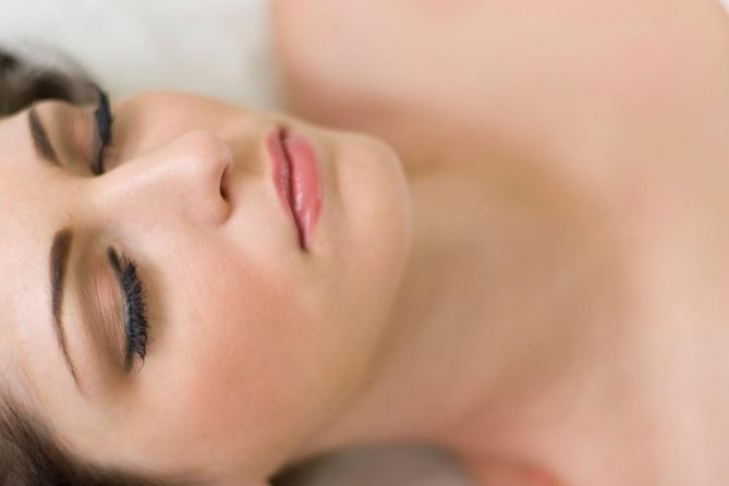 The oxygen infusion procedure also known as oxygen facial is a non-invasive , but effective and pleasant treatment suitable for all ages and skin types. The oxygen infusion facial is performed with a special device which is controlled and supervised by a licensed estetician from our team .