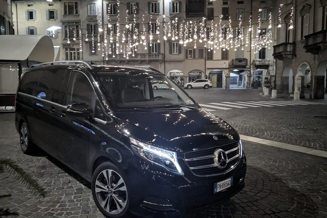 Book your private transfer from Sabaudia to Rome.<br><br>Your driver will be waiting for you at a scheduled time and you will travel comfortably to your destination.<br><br>• Meeting with a Nameplate<br>• We track your Flight<br>• Door-to-door Service<br>• No Hidden Charges<br>• Clean cars & Professional drivers<br><br>