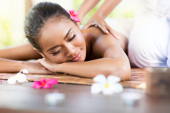 - Professional & Authentic.<br>- Natural, certificated & good quality product.<br>- Real relaxing.<br>- Friendly staff.<br>- Good location.<br>Combining some of the best holistic treatments. Come to La Mera journey you will experience with the materials of the extremely unique. All the senses on your body are awakened by physical and mental therapies to help you address health concerns. Achieve better status and enjoy more life.