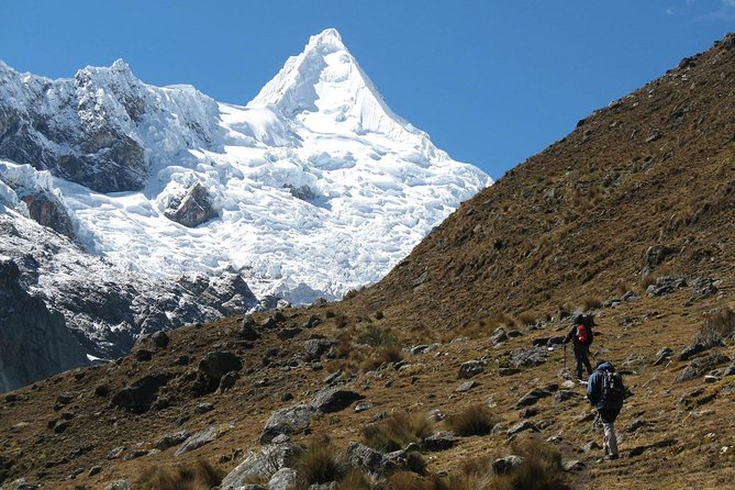 - Comunity Support Trek around the most beautiful mountain in the world<br>- non crowded just for nature lovers<br>- unforgetable trekking with one day aclimatizing tour at the comunity where you give support