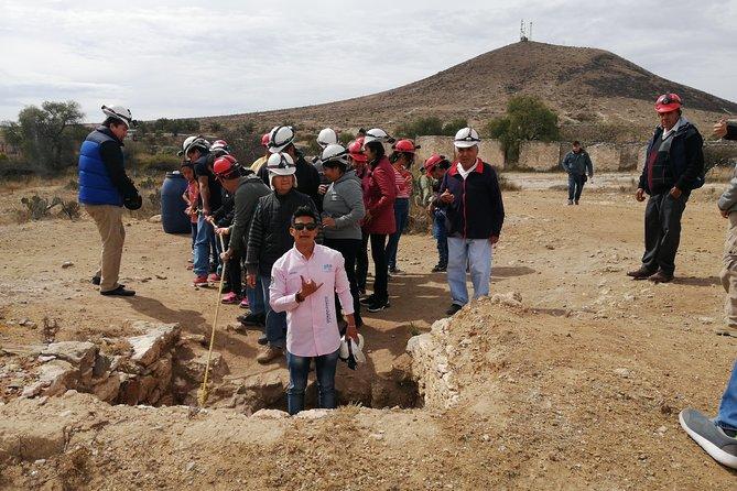 Recorridos y descenso a minas rústicas, San Miguel de Allende, MEXICO