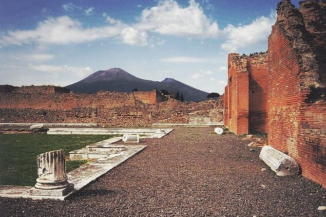 Private Transfer between Rome and Amalfi with 2h stop at Pompeii, Roma, ITALIA