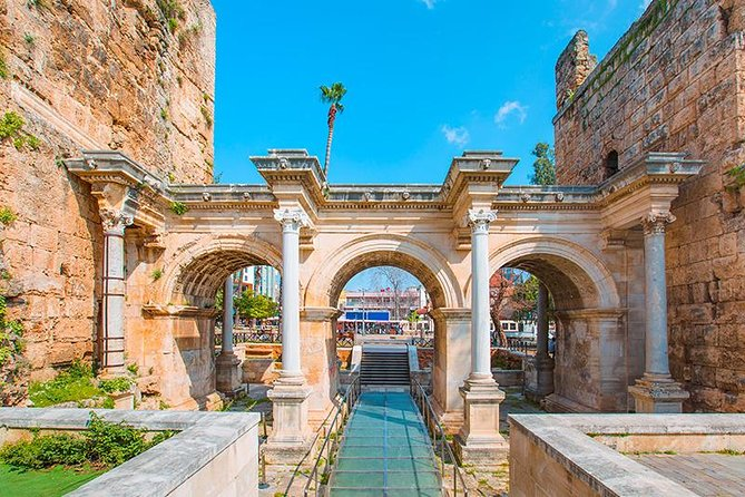 This super Sightseeing tour of Antalya will help you to get acquainted with the largest and most beautiful city of the Mediterranean, learning its history, enjoying its scenery, whilst having fun!