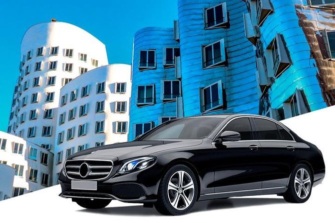 Private Airport Transfer: from Dusseldorf to Dusseldorf Int. Airport (DUS), Dusseldorf, Alemanha
