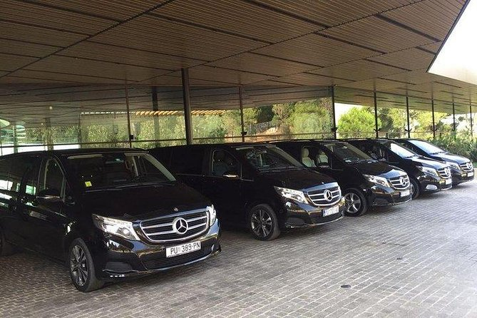 We offer a luxury and comfortable vehicle, kind and liable drivers, who will help you or show you everything you wanted to know. <br>If you have more questions about transfer you can always contact us.